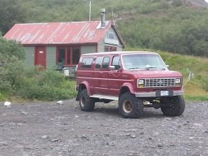 avec un véhicule tout terrain c'est plus facile!