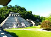 Sur la route des temples mayas